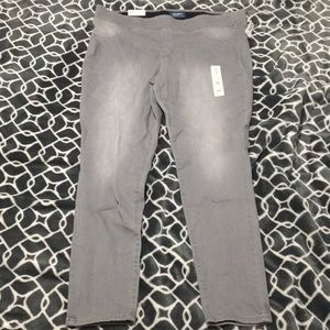 BRAND NEW w/ tags old navy rockstar jeggings